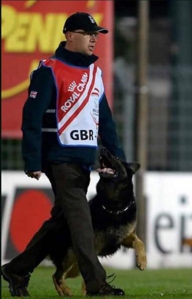 Travis Foster dog trainer
